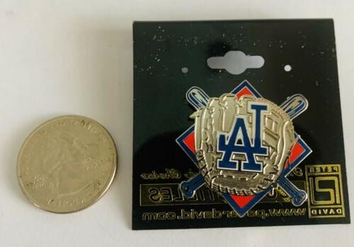 Bats And Glove Hat/Lapel Pin MLB GBP